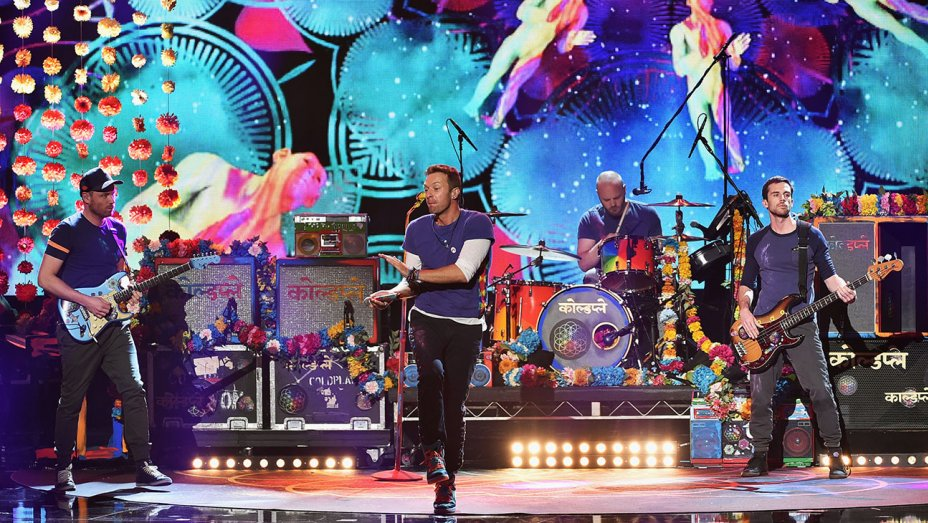 Coldplay_Performing_AMAs
