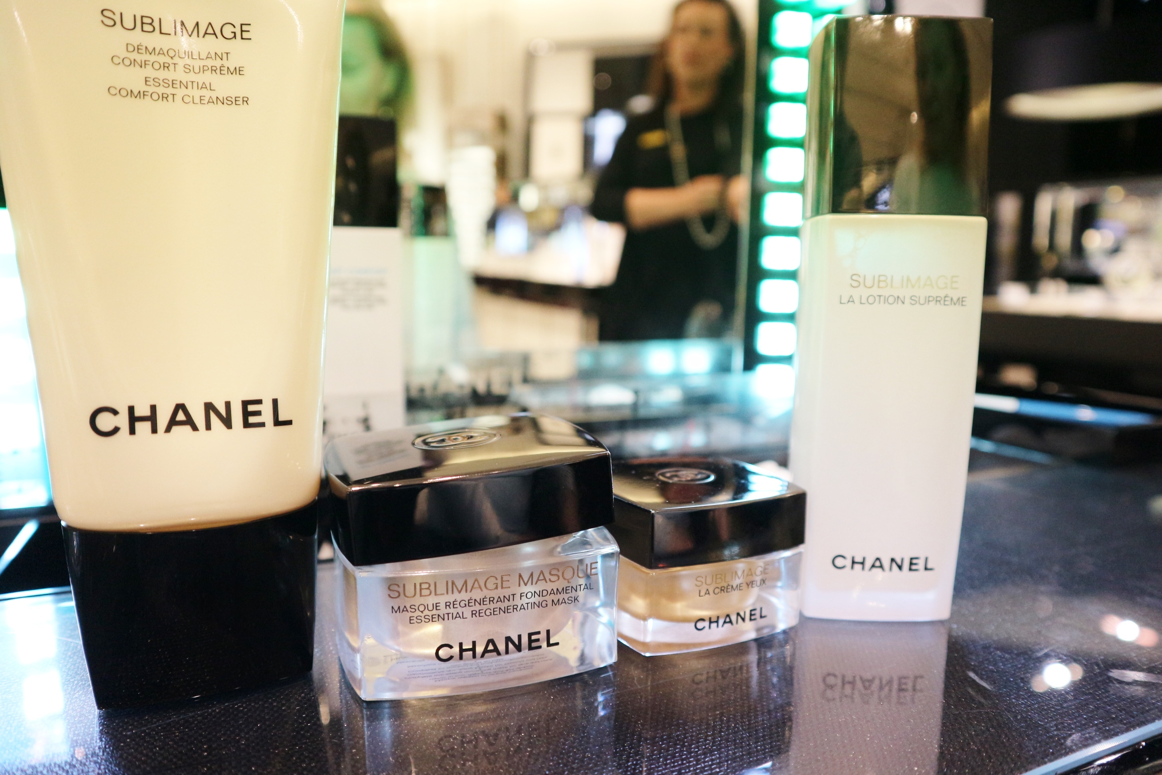 The Chanel Beauty Experience With Selfridges Jessi Lou Blog Le Blanc De Makeup Base Chosen Make Up For Her Was To Enhance Natural Look So Lorna Artist Chose Illuminating Primer