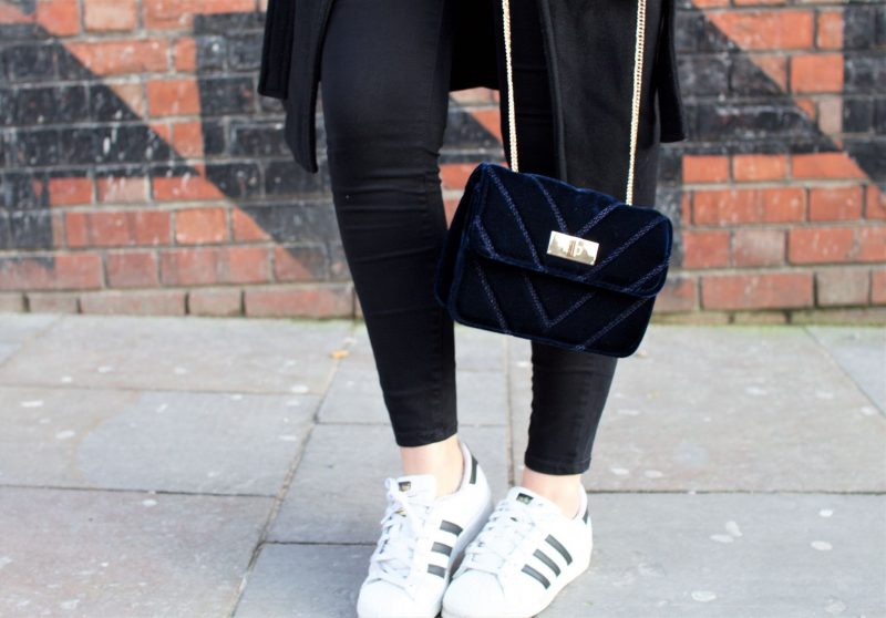 Christmas planning. Street Style. Adidas Trainers.