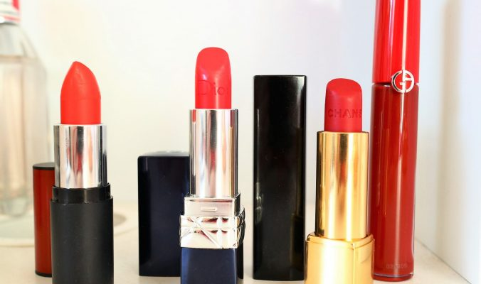 Red Lipstick Collection. Red Lips. Christmas Red Lips. Beauty Blogger.