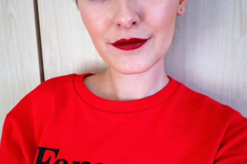 Armani Lip Maestro. Armani Lipstick. Christmas Red Lips. Beauty Blogger.