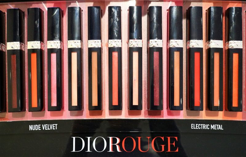 Dior Rouge Lipstick. Dior Beauty. Beauty Blogger