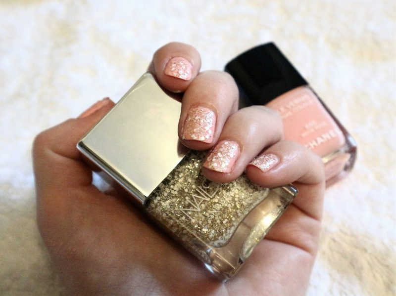 Nails Inc nail colour. Nail varnish ideas. UK Blogger. Christmas nails.