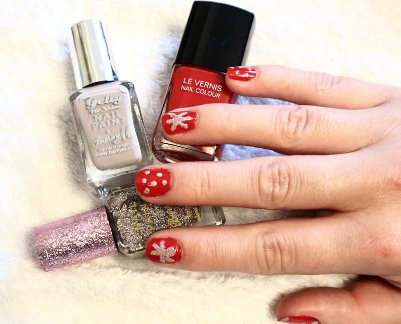 Nail art design. Red nails. Snowflake design. UK Blogger.