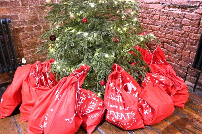 Goody Bags. Christmas Gifts. CarnLival. Liverpool Bloggers. Lady of Mann pub.