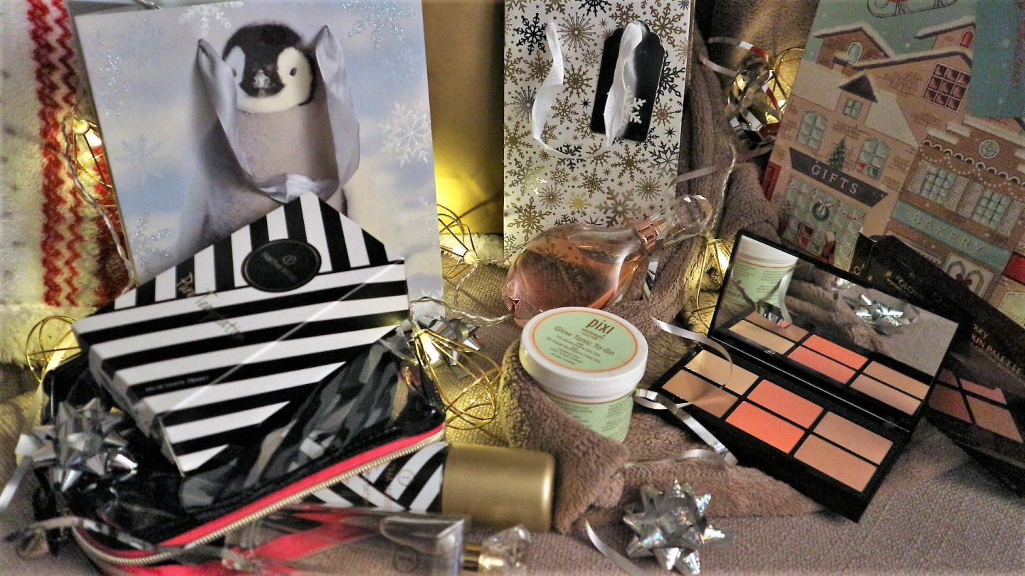 Beauty Products. Beauty Gifts. Christmas Gift Guide. UK Blogger.