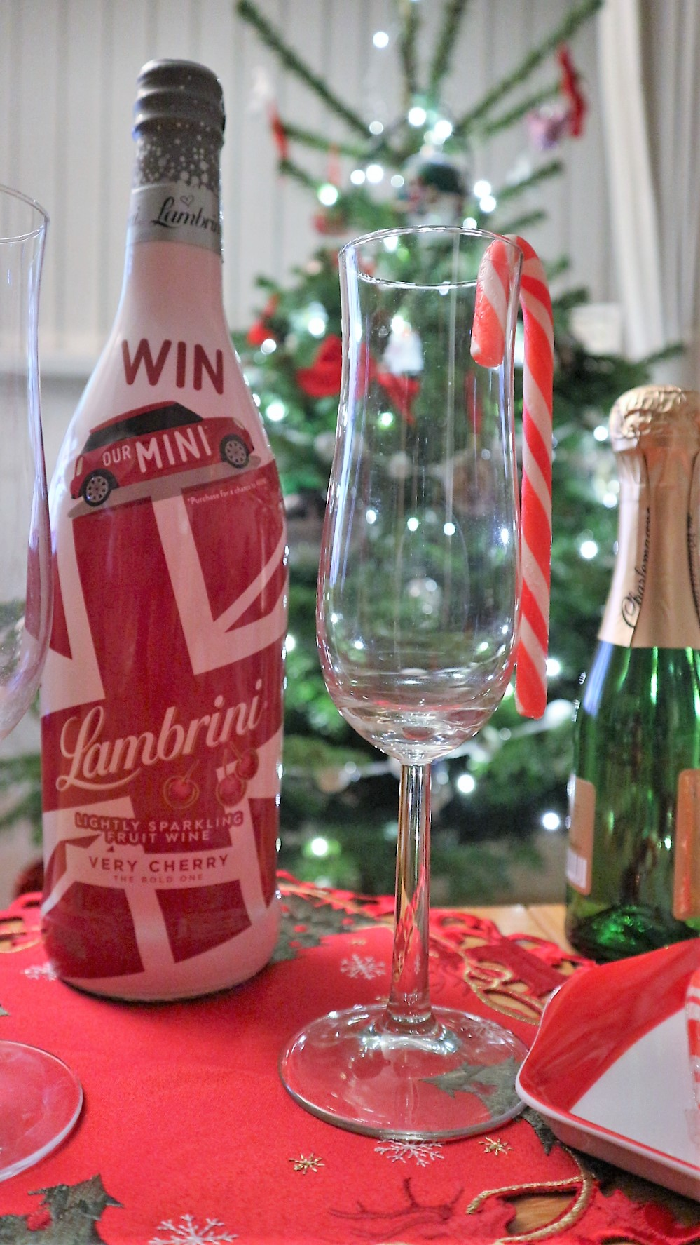 Lambrini. Lambrini Cherry. Christmas Cocktails. Liverpool Blogger. Christmas Ideas.
