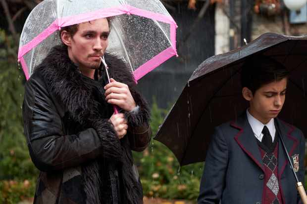 The Umbrella Academy. Netflix UK. Weekend Watch List. Film Blog. UK Blogger.