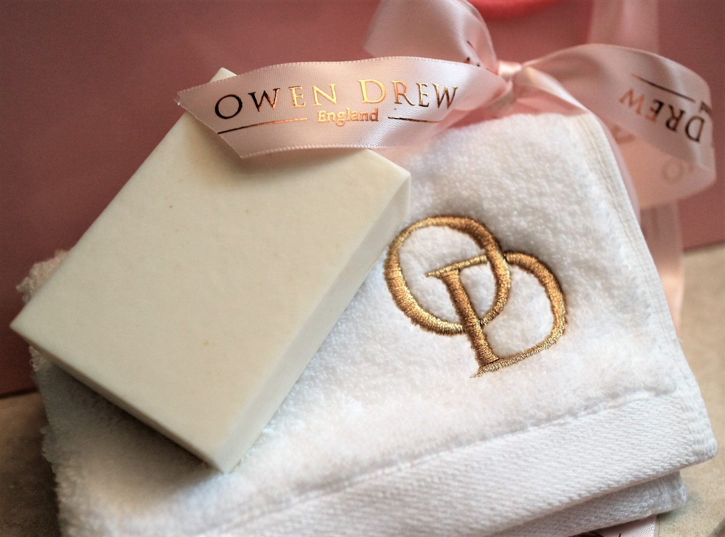 Owen Drew. Owen Drew Soap. Luxury Candles. Luxury Bath and Body. Beauty Blog. UK Blogger.